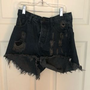 DARK WASH FREE PEOPLE SHORTS